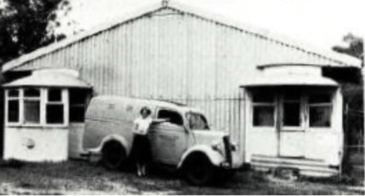 Black and white picture of the early Guide Dog Training Centre in Belmont.